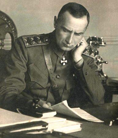 Кто боится адмирала Колчака?